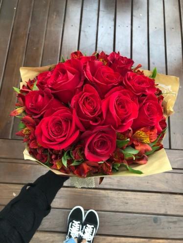Bouquet 12 rosas Importadas