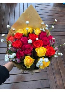 Buque rosas mistas