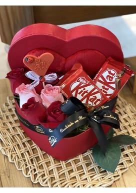 Box Love KitKat