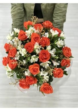 Bouquet Rosas + Astromélias + Dedinho de Anjo