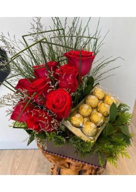Rosas e chocolate na caixa