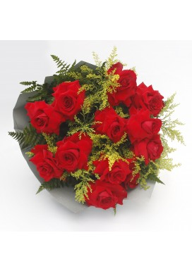 Bouquet uma duzia de rosas importadas