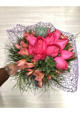 Bouquet Rosas + Suculentas + Alstromélias